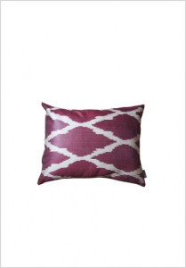 silk-ikat-cushion-s117