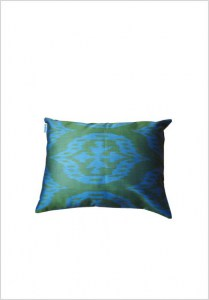 silk-ikat-cushion-s119