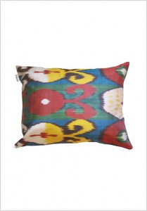 silk-ikat-cushion-s168