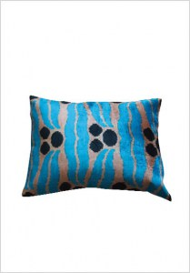 silk-velvet-cushion-v137